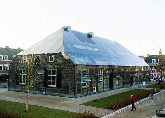 闻名世界的玻璃建筑
